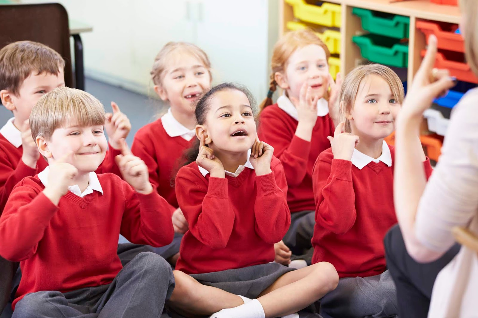 NAMC montessori early childhood music development children following action song.