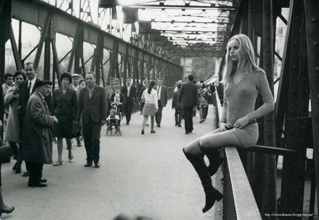 Paris, 1967 Photo by Édouard Boubat