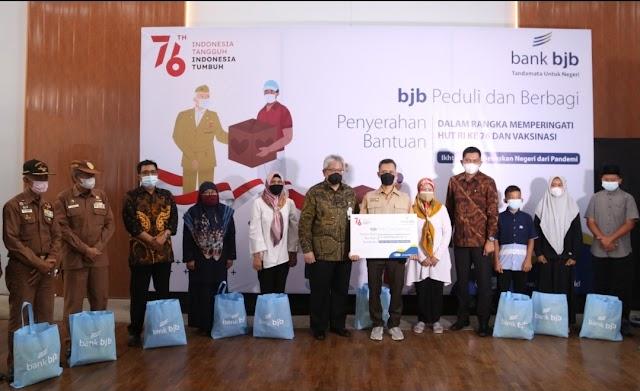 Semangat bjb Meriah Hari Ulang Tahun Kemerdekaan RI ke-76 bersama bank bjb