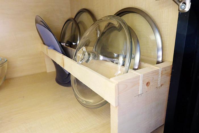 pot lid rack installed