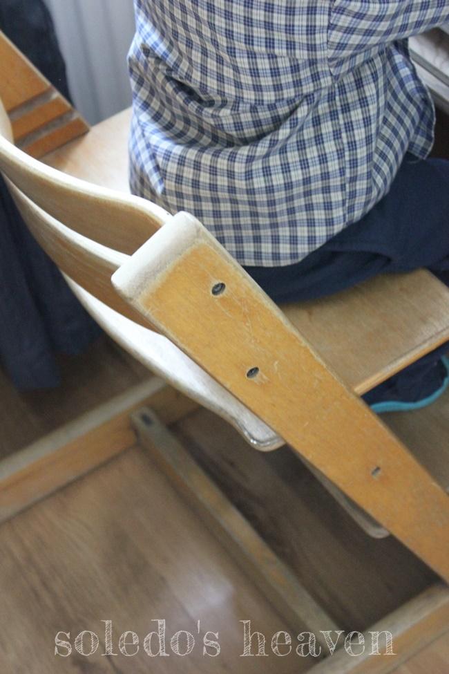 Używane krzesełko Tripp Trapp przed renowacją