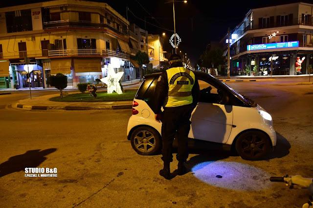 Βραδινοί έλεγχοι της αστυνομίας με μπλόκα σε Ναύπλιο και Άργος παραμονή των Χριστουγέννων