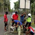 Satlantas Polres Selayar Pasang Peringatan Rawan Kecelakaan Di Jalan Poros Benteng - Pamatata