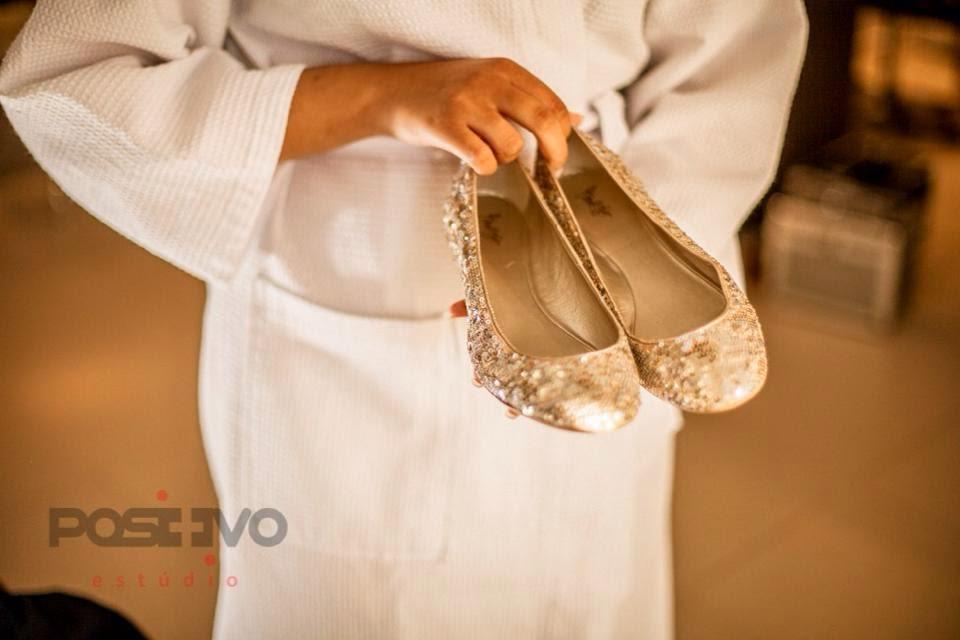 princesa-vestido-vera-wang-making-of-sapato-dourado