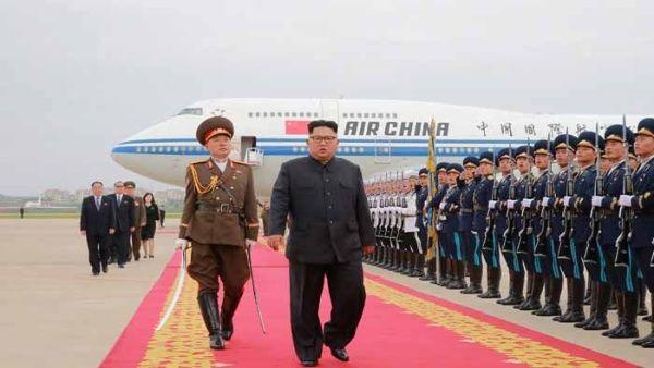 Medios aseguran que Japón coordina cumbre entre Kim y Abe