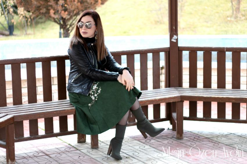 nakışlı kıyafetler-nakış detayları-kombin-süet yeşil etek-moda blogu-fashion blog