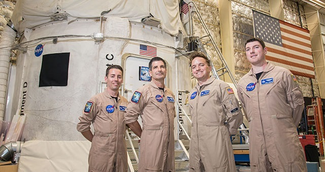 HERA crew members before they ingress for their mission simulation. Credit: NASA