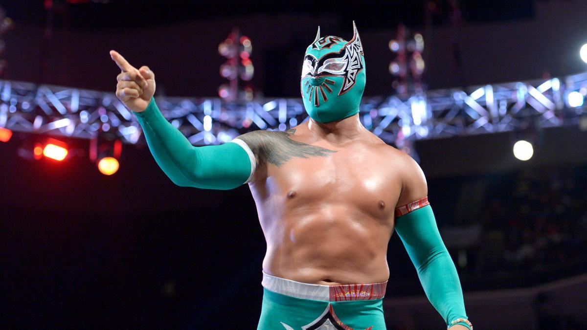 Cinta De Oro comenta sobre a falta de destaque aos lutadores latinos na WWE
