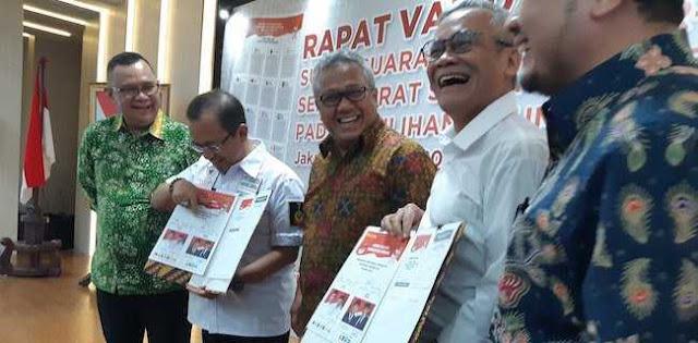 Pakai Jas Di Surat Suara, Prabowo-Sandi Citrakan Kewibawaan Nasional