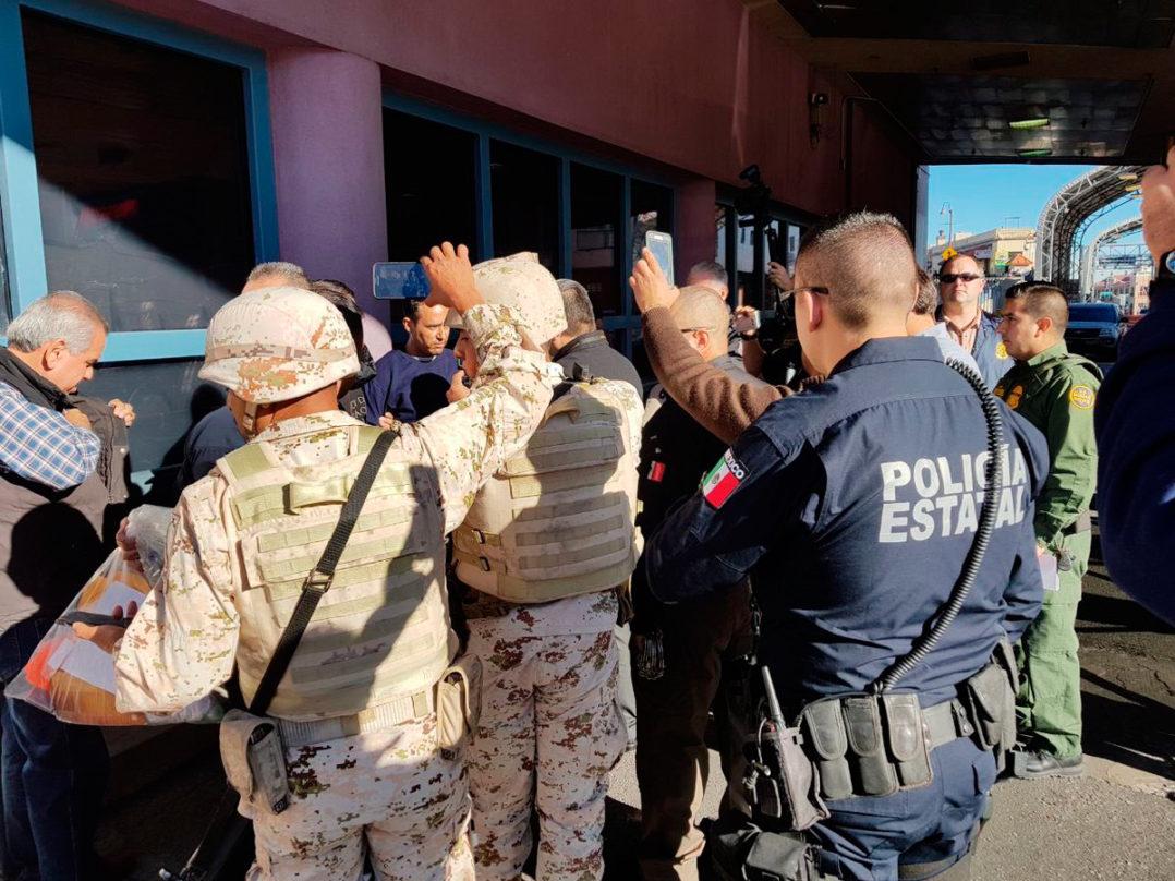 """EU Deporta a """"La Barbie"""", exjefe policiaco en Nogales, Sonora que escapo de los militares durante revision"""
