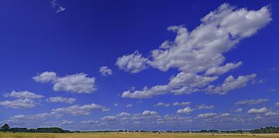 Gambar pemandangan langit dan awan