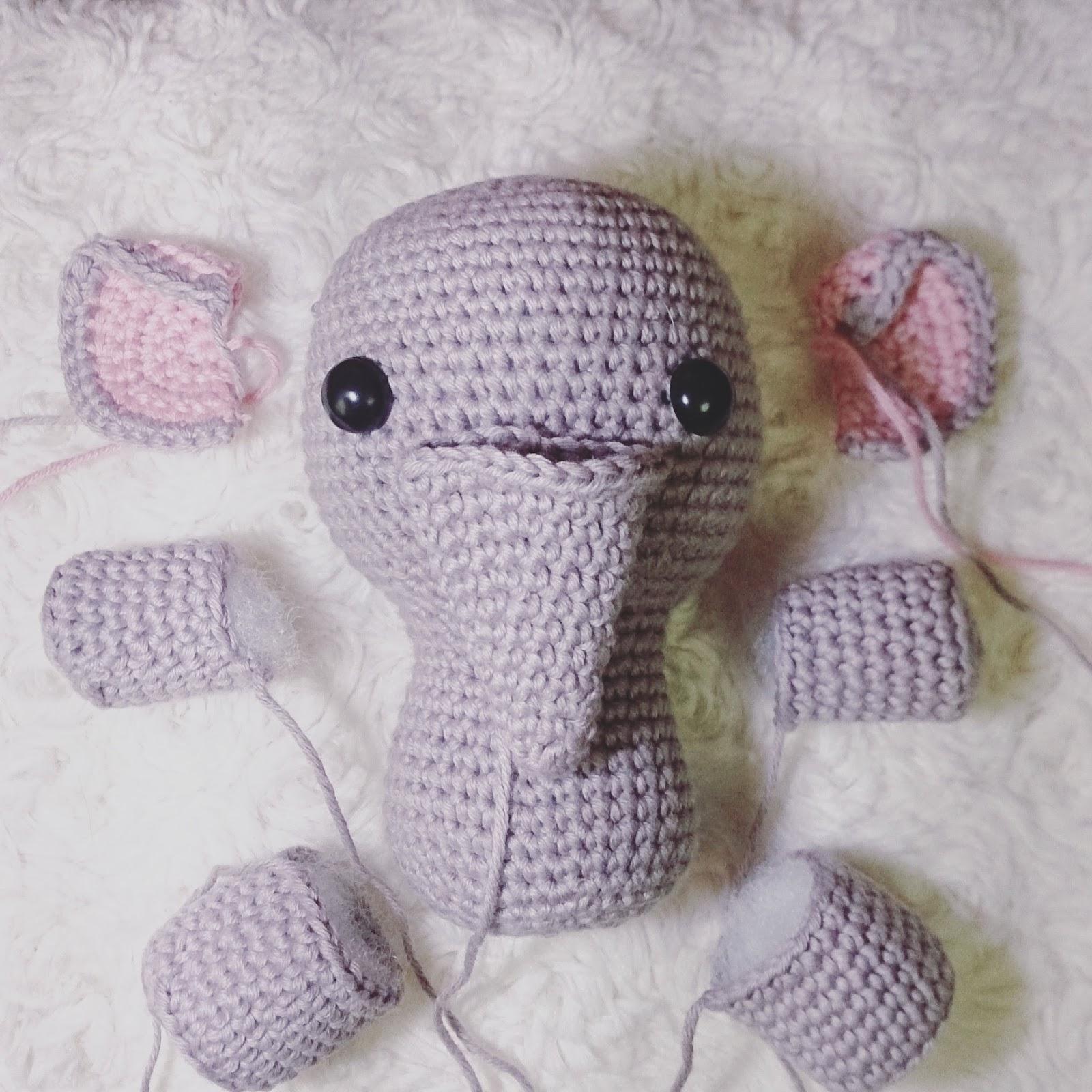 Amigurumi Elephant Free Crochet Pattern | Amigurumi elephant ... | 1600x1600