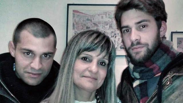 """Μητέρα 58 χρονών με δυο παιδιά από το Άργος αριστούχος στο τμήμα """"Θεατρικών Σπουδών"""" στο Ναύπλιο"""