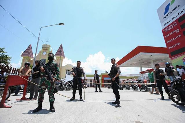 TNI Ad menjaga SPBU pertamina