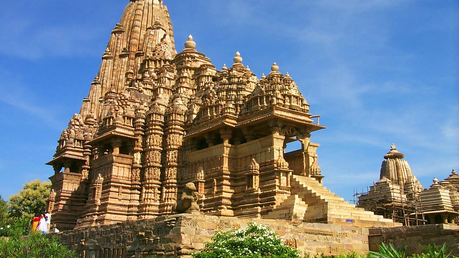 Lakshmana Temple Khajuraho Madhya-Pradesh