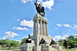 Monumento a Ramos de Azevedo - São Paulo