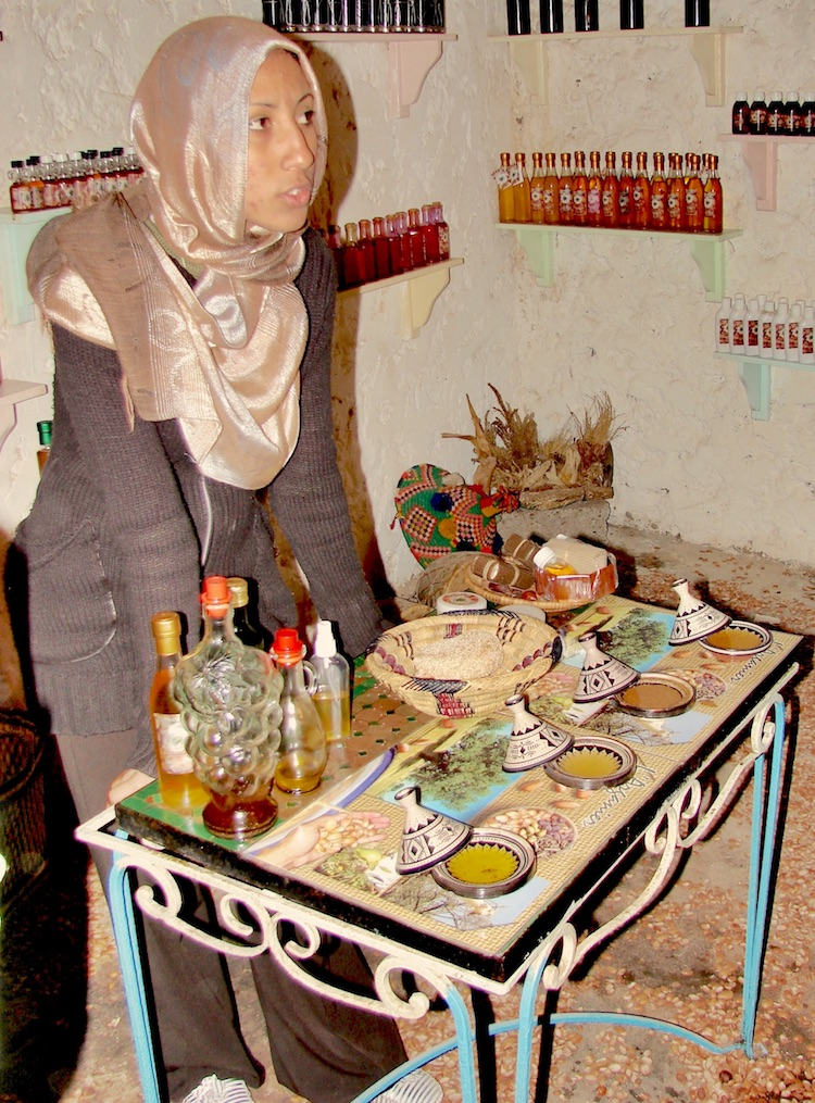 Essaouira atrakcje, Essaouira co zobaczyć, Essaouira film, Essaouira gdzie zjeść, Essaouira Maroko najpiękniejsze miasto, Essaouira plaża, olej arganowy, Maroko, Maroko riady, port Essaouira,