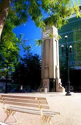 Relógio da Praça Oito de Setembro, em Vitória