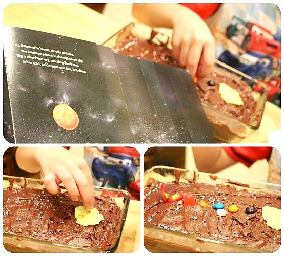 edible solar system cake
