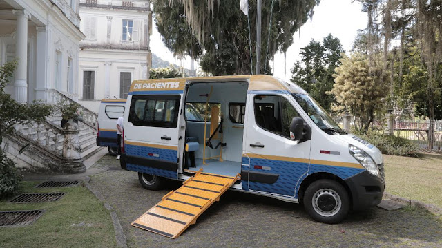 Petrópolis recebe mais duas ambulâncias do Estado do Rio
