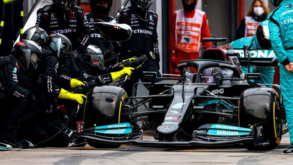 Mercedes 'não é a melhor' equipe nas paradas nos Boxes