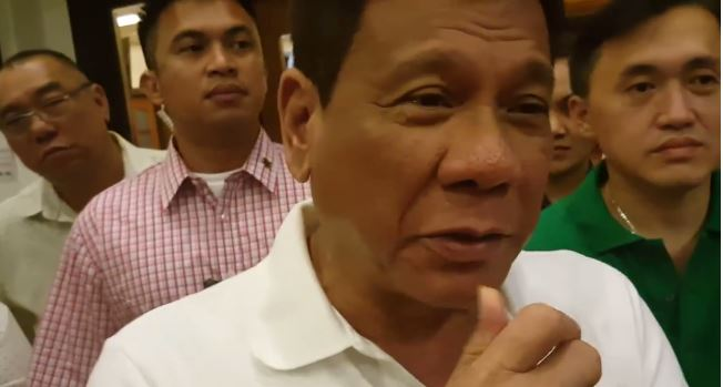 "Duterte to ""boycott"" media until his term ends"