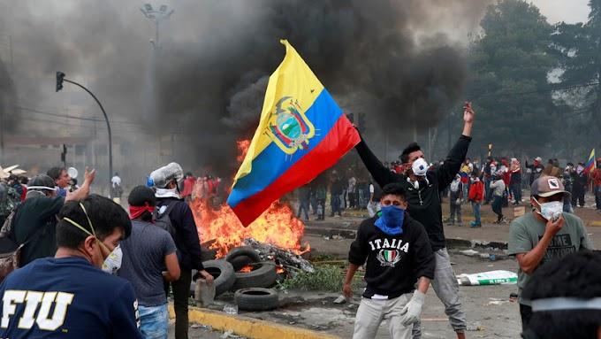 Presidente de Ecuador declara toque de queda en Quito debido a manifestaciones de protestas callejeras