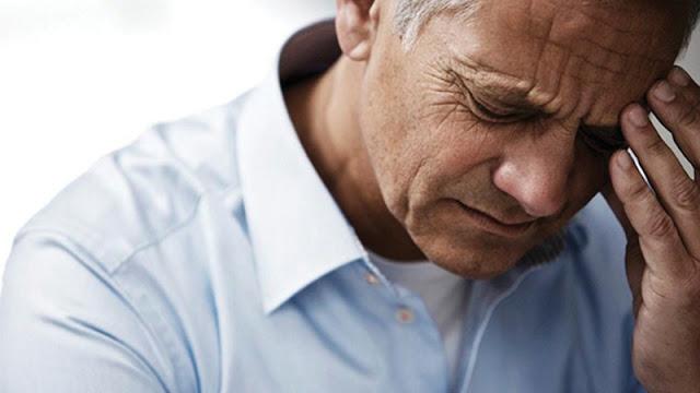 Chóng mặt, hoa mắt là triệu chứng của rối loạn tiền đình