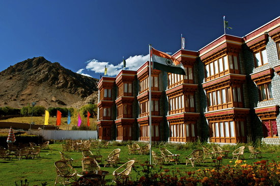 The Druk Hotel Ladakh is a luxury property, comprising of modern features.