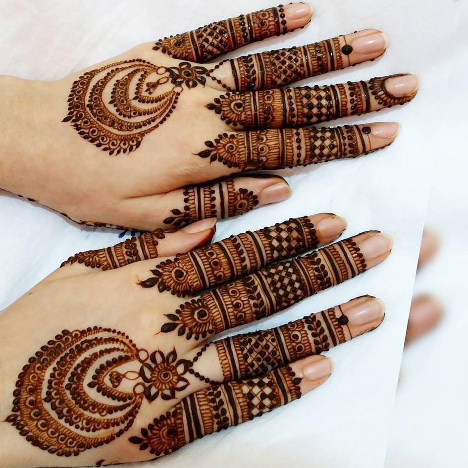 Latest Simple Mehndi Designs For Eid