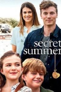 Poster Secret Summer