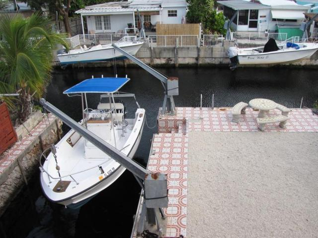 Real Estate in the Florida Keys: Canal Front CBS Ocean Side