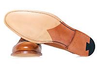Kösele ayakkabının alttan taban görünümü