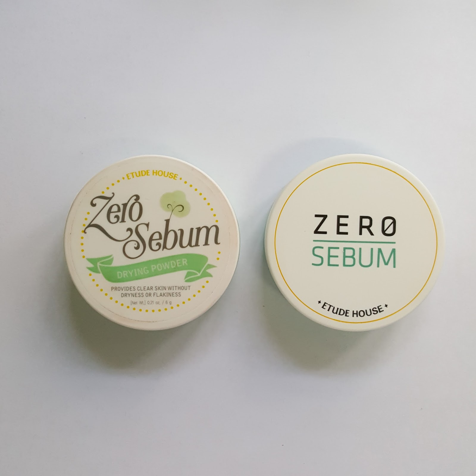 Etude House Zero Sebum Line Drying Powder All Day Matte Gel The Comes In A 6g Circle Case With Puff Inside To Be Honest I Find New Minimalist Design Nicer