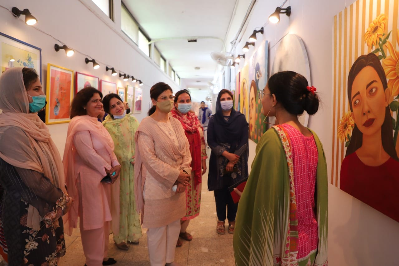 Students of Fine Arts Department, GCWUF arranged their third degree show 2021