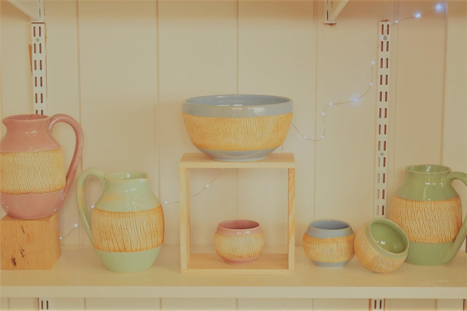 Artisan-ceramiste-o-terre-feu-anne-rouille-pichet