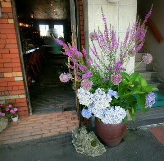 大きい生け花
