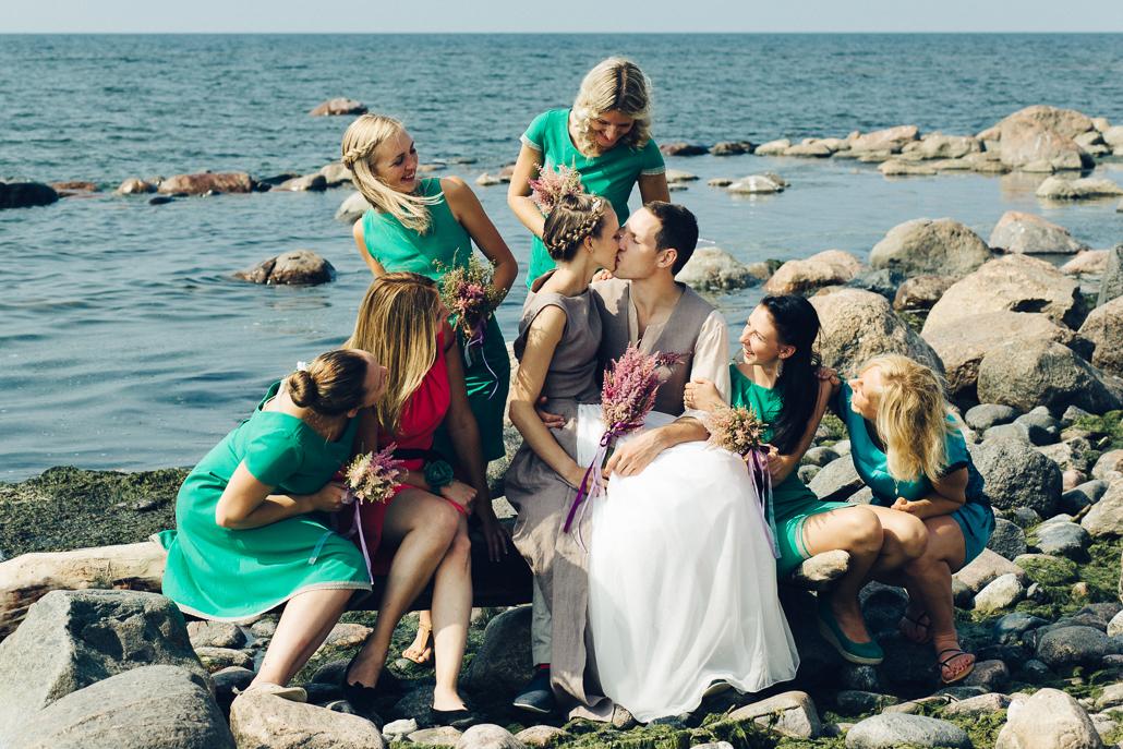 līgavas māsas kleitas un pienākumi
