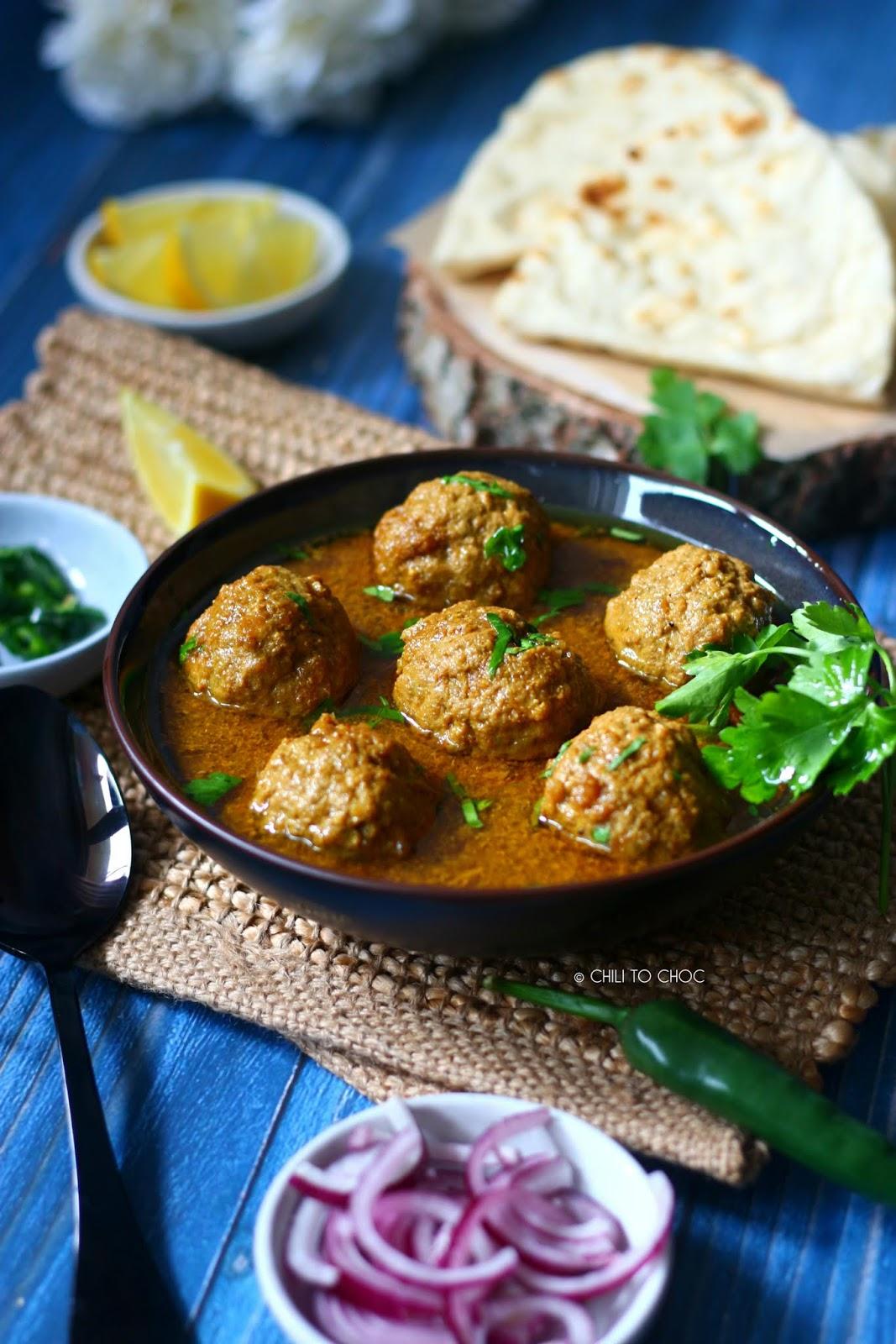 Beef Kofta Curry (Pakistani Meatballs Curry)