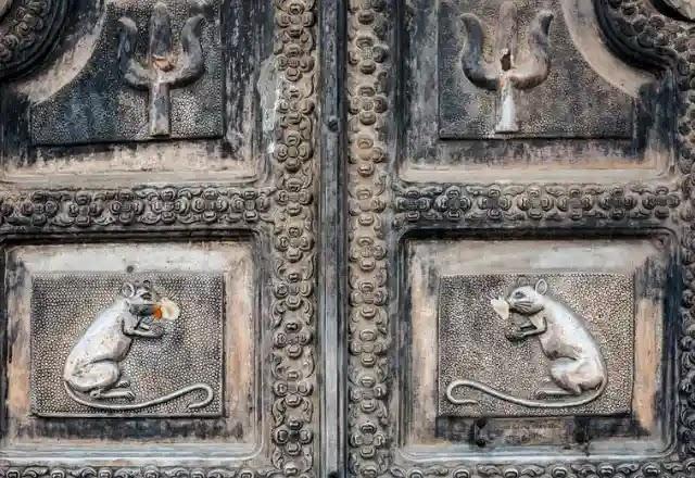 Karni Mata Mandir deshnok Rajasthan Silver door