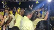 """Candidata a prefeita em São Luís Gonzaga diz que adversário vai """"correr louco"""" igual ao irmão que se matou."""