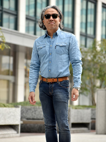 メンズ デニムシャツのコーディネート