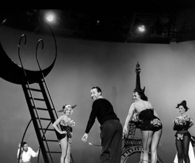 Fotografías de Marilyn Monroe y Jane Russell en Los caballeros las prefieren rubias