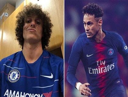 Neymar e David Luiz mostram as novas camisas de seus clubes