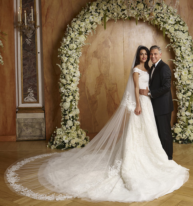 Amal wedding dress clooney
