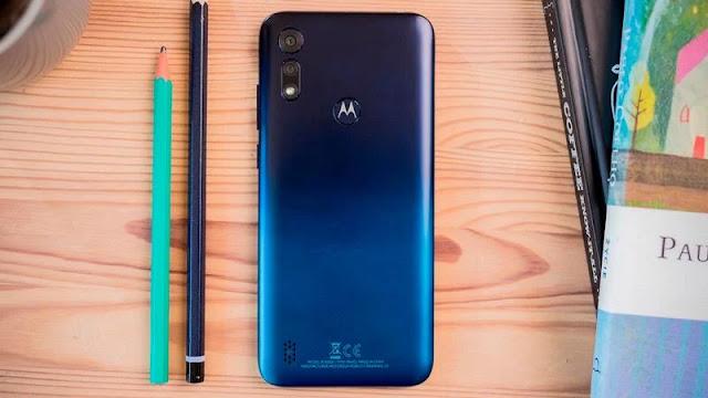 9. Motorola Moto E6s