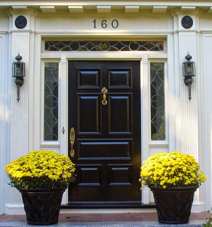 http://1.bp.blogspot.com/-TZuSICR5udM/VToqtpCf8kI/AAAAAAAAIB0/9puiCx0YV44/s1600/refinish-entry-door-painted.jpg