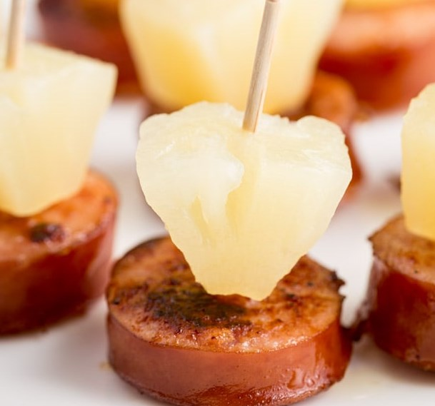 Sausage and Pineapple Party Bites #appetizers #easytomake