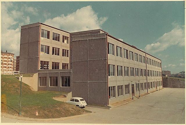 Fotografía antigua del colegio Mukusuluba