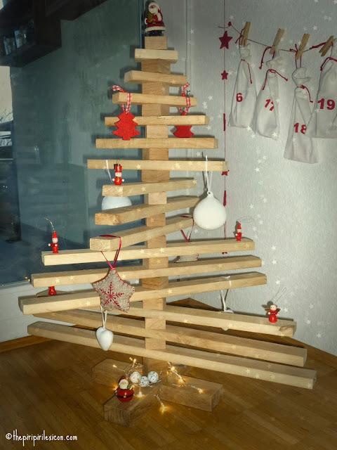 Upcycled wood as a Christmas tree